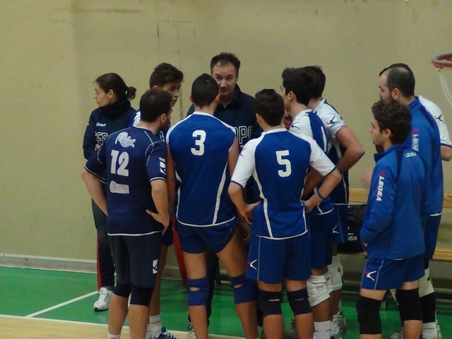 public/files/fotodelgiorno/serapovolleypallanziotimeout.jpg